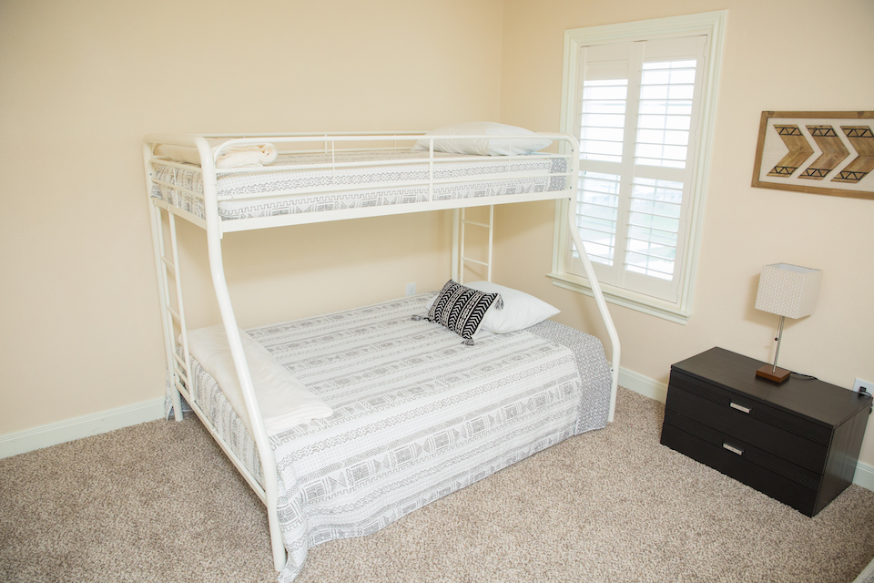 Sunny Smile vacation house second bedroom in Galveston RV park