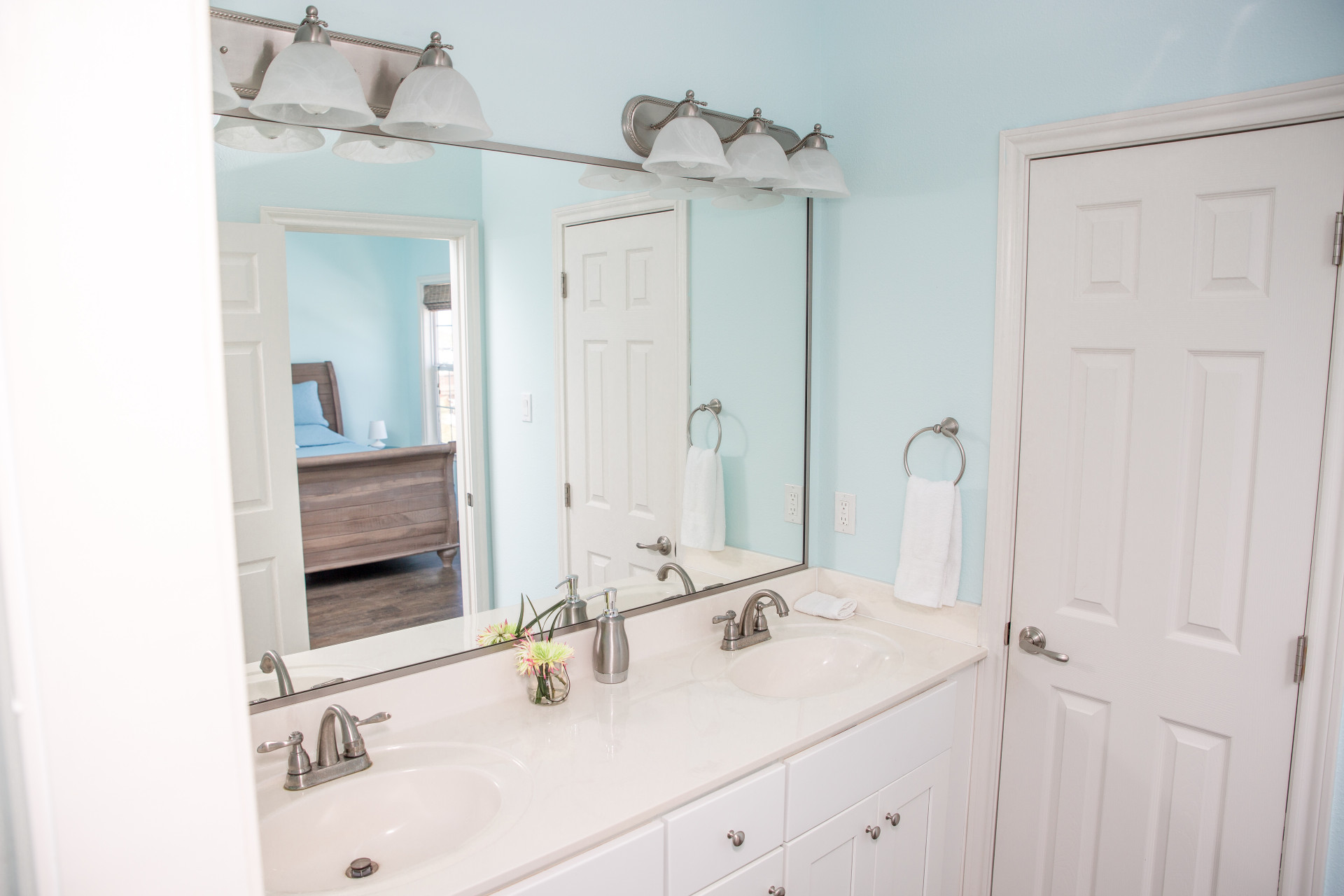 Into the Blue vacation house master bath in Galveston RV park